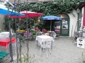 caf finovo berlin sch neberg alter st matth us kirchhof cafe. Black Bedroom Furniture Sets. Home Design Ideas