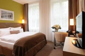 leonardo royal hotel berlin otto braun str 90 10249 berlin hotel. Black Bedroom Furniture Sets. Home Design Ideas
