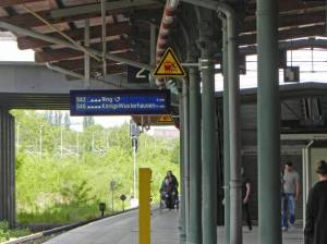 S-Bahnhof Westend (2015) S-Bahnhof Westend, Berlin-Charlottenburg, Schloss Charlottenburg, Schlosspark, Ringbahn, Krankenhaus Westend