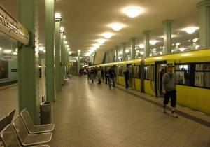 U-Bahnhof Alexanderplatz (U 5), Startbahnhof der Linie U 5 nach Hönow