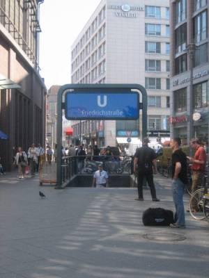 U Friedrichstraße (U 6), U-Bahn-Linie 6: Alt-Mariendorf - Alt-Tegel