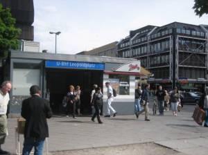 U-Bahnhof Leopoldplatz (2010) U-Bahnhof Leopoldplatz, Berlin-Wedding, Müllerstraße, Schiller-Bibliothek