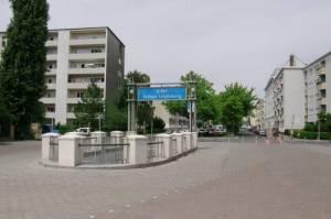 U-Bahnhof Rathaus Schöneberg, Rathaus Schöneberg, Rudolph-Wilde-Park, Volkspark Wilmersdorf