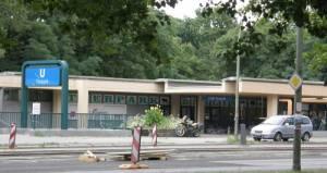 Eingang zum Tierpark U Tierpark, Friedrichsfelde