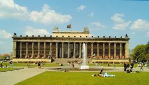 Altes Museum mit Lustgarten (2007) Altes Museum, Berlin-Mitte, Museumsinsel, UNESCO-Weltkulturerbe
