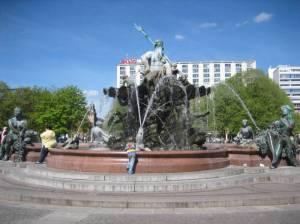 Neptunbrunnen, Reinhold Begas