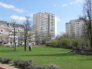 Friedrichstraße, Berlin-Kreuzberg, Haus am Checkpoint Charlie, Theodor-Wolf-Park, Mehringplatz