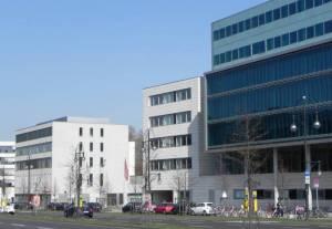 Klingelhöferstraße, Berlin-Tiergarten, Großer Tiergarten, Botschaftsgebäude, Museum Bauhaus Archiv