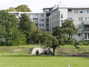 Mit Seidelbecken (2010) Klixstraße, Berlin-Reinickendorf,