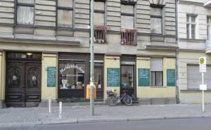 Leberstraße, Berlin-Schöneberg, Zwölf-Apostel-Kirchhof, West-Alliierte in Berlin, Cheruskerpark, Mehlstübchen