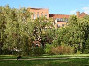 Leinestraße, Carl-Legien-Schule (2017) Leinestraße, Berlin-Neukölln,