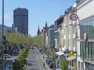 Schloßstraße (2014) Schloßstraße, Berlin-Steglitz, Einkaufszentrum, Titania-Palast, Schlossparktheater, Steglitzer Kreisel, Bierpinsel