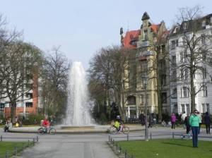 Viktoria-Luise-Platz (2013) Viktoria-Luise-Platz, Berlin-Schöneberg, Große Fontäne
