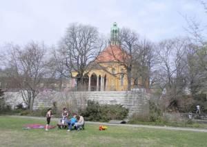 Wolffring, Kirche auf dem Tempelhofer Feld (2011) Wolffring, Berlin-Tempelhof, Parkring, Tempelhofer Freiheit