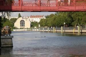 Tegeler Hafen mit Sechserbrücke und Humboldtbibliothek (2010) Tegeler Hafen, Sechserbrücke, Humboldt-Bibliothek, Tegeler Fließ, Nordgraben, Humboldtinsel, Tegeler Insel
