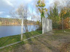 Reste der Mauer am Griebnitzsee 2020 Griebnitzsee, Berlin und Potsdam