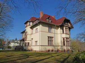 Karl-Marx-Straße 2, Truman-Villa 2021 Karl-Marx-Straße, Potsdam-Babelsberg Nord, Griebnitzsee, Park Babelsberg, Villa Herpich (Stalin-Villa)