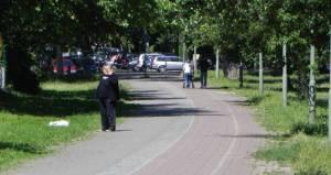 Dr. Jacobsohn-Promenade (2011) Dr.-Jacobsohn-Promenade, Berlin-Marienfelde, Rad- und Fußgängerweg, Klosterteich, Kirche Vom Guten Hirten