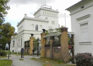 Alt-Marienfelde, Berlin-Marienfelde, Dorfanger, Dorfkirche, Hofladen