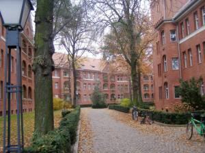 Wohnanlage des Beamten-Wohnungsvereins Grabbeallee, Berlin-Niederschönhausen, Franckesche Stiftung