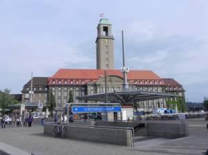 U-Bahnhof Rathaus Spandau (2011) U-Bahnhof Rathaus Spandau, Rathaus Spandau, Altstadt Spandau, Fernbahnhof