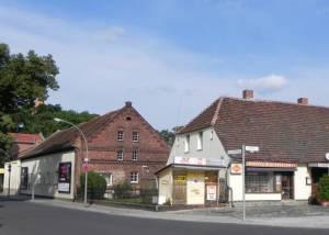 Köpenicker Straße (2011) Köpenicker Straße, Berlin-Rudow, Dorfkirche Rudow