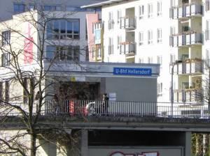 U-Bahnhof Hellersdorf (2012) U-Bahnhof Hellersdorf, Berlin-Hellersdorf, Bürgeramt Hellersdorf, Alice-Salomon-Hochschule, Helle Mitte, Kurt-Julius-Goldstein-Park, Regine-Hildebrandt-Park