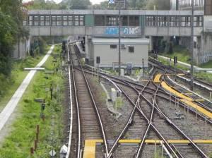 U-Bahnhof Kaulsdorf-Nord, Cecilienplatz, Clara-Zetkin-Platz, Cecilienpassagen, Spree-Center