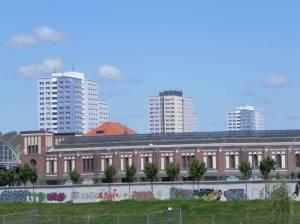 Am Postbahnhof, Berlin-Friedrichshain, East-Side-Gallery, Postbahnhof, O2-World