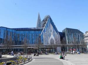 Augustusplatz und Paulinum (2015) Augustusplatz, Leipzig, Opernhaus, Universität, Mendebrunnen, Gewandhaus, MDR-Panorama-Tower