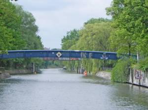 Ernst-Heilmann-Steg (2014) Ernst-Heilmann-Steg, Berlin-Kreuzberg, Landwehrkanal, Görlitzer Park, Lohmühleninsel