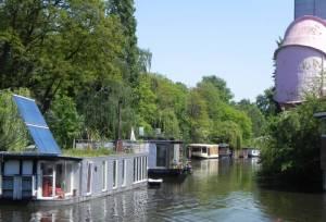 Hausboote am Flutgraben (2011) Flutgraben, Berlin-Tiergarten, Großer Tiergarten, Landwehrkanal, Unterschleuse, Versuchsanstalt für Wasser- und Schiffsbau