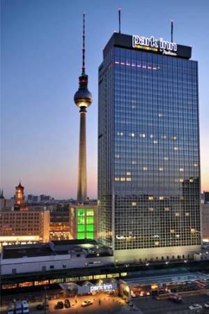 Park Inn by Radisson Berlin Alexanderplatz, Alexanderplatz 7, 10178 Berlin