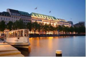 Fairmont Hotel Vier Jahreszeiten, Neuer Jungfernstieg 9-14, 20354 Hamburg