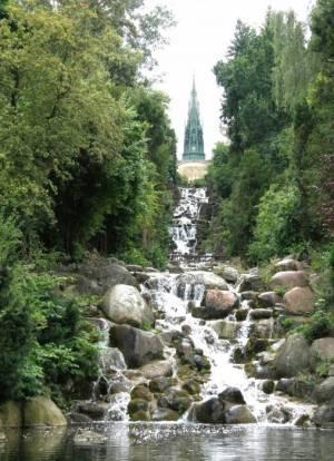 Monument und Nachbildung des Zackelfalls (2008) Nationaldenkmal, Viktoriapark