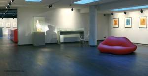 Ausstellungsraum Dali Museum, Potsdamer Platz, Leipziger Platz, Grenzturm