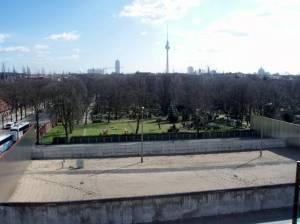 Blick von der Aussichtsplattform des Dokumentationszentrums Tiergartenring Etappe 4,