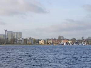 Am Bootshaus und Spandauer See (2015) Am Bootshaus, Berlin-Hakenfelde, Spandauer See, Havel, Wasserstadt