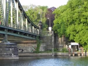 Unterführung an der Glienicker Brücke  (2011) Wannseeweg Etappe 1, Von der Glienicker Brücke bis zum S-Bahnhof Nikolassee