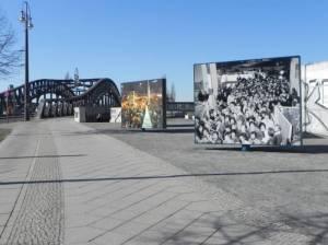 Platz des 9. November, Bösebrücke