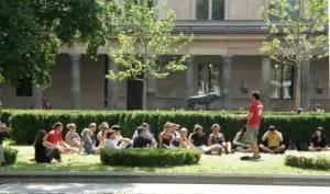 Stadtführung (2010) Museumsgarten, Museumsinsel