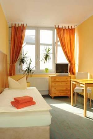 Pension SchlafGut, Brühl 64-66, 4109 Leipzig