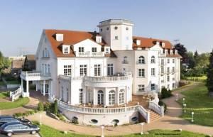 1a-PARK HOTEL BERLIN Schloss Kaulsdorf, Brodauer Str. 33-35, 12621 Berlin