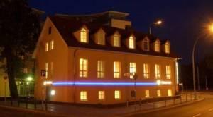 M & M Hotel, Michael-Brückner-Str. 1A, 12439 Berlin