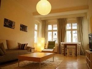 Apartment House Simon-Dach, Simon-Dach-Straße 39, 10245 Berlin