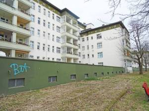 Albrechtstraße, Wohnhäuser am Teltowkanal (2018) Albrechtstraße, Berlin-Steglitz, Teltowkanal, Stadtpark Steglitz