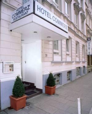 Centrum Hotel Commerz am Bahnhof Altona, Lobuschstr. 26, 22765 Hamburg