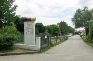 Zufahrt zum Milchhof (2009) Milchhof Mendler, Berlin-Rudow, Landschaftspark Rudow-Altglienicke