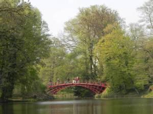 Schlossparkbrücke (2011) Schlossparkbrücke, Berlin-Charlottenburg, Schlosspark Charlottenburg, Mausoleum, Fontäne, Barockgarten, Karpfenteich, Obelisk