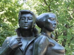 Achim und Bettina von Arnim (2011) Achim von Arnim, Arnimplatz